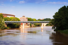 Puente de Hierro über dem Ebro Logrono, Spanien Stockbilder