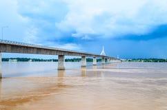 Puente de la amistad del Tailandés-Lao. Fotos de archivo libres de regalías
