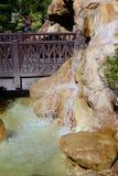 Puente de la cascada Foto de archivo libre de regalías