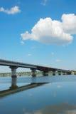 Puente de la ciudad fotografía de archivo libre de regalías