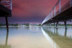 Puente de la comida sobre el agua Fotografía de archivo libre de regalías