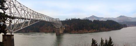 Puente de la extensión panorámico Imágenes de archivo libres de regalías