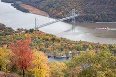 Puente de la montaña del oso foto de archivo