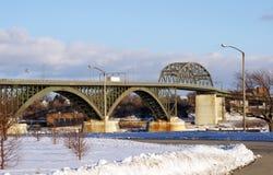 Puente de la paz en invierno Imagen de archivo