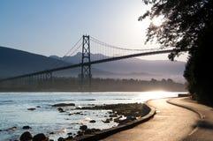 Puente de la puerta de los leones, Vancouver. Foto de archivo
