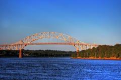 Puente de la puesta del sol imagen de archivo libre de regalías