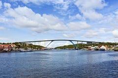 Puente de la reina Juliana, Willemstad, Curaçao Imagen de archivo libre de regalías