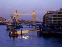 Puente de la torre foto de archivo libre de regalías