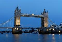 Puente de la torre - 6 Fotos de archivo libres de regalías
