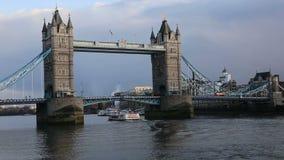 Puente de la torre de Londres metrajes