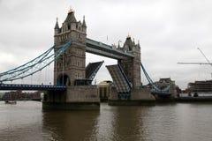 Puente de la torre en Londres Imágenes de archivo libres de regalías