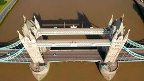Puente de la torre en Londres, el Reino Unido almacen de metraje de vídeo