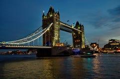 Puente de la torre en Londres, Inglaterra Fotos de archivo