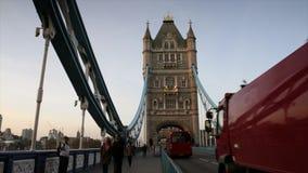 Puente de la torre en Londres, Reino Unido almacen de metraje de vídeo