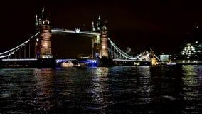 Puente de la torre en Londres Reino Unido almacen de metraje de vídeo