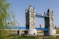 Puente de Londres en el parque del Europa Foto de archivo libre de regalías