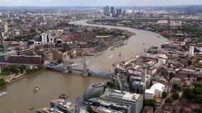 Puente de Londres, tiro del casco almacen de metraje de vídeo