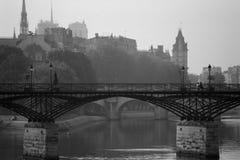 Puente de los artes en París Foto de archivo libre de regalías