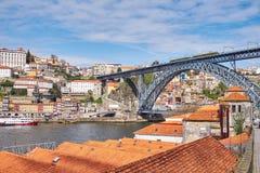 Puente de Luis I a través del río del Duero, Oporto viejo, fotos de archivo libres de regalías