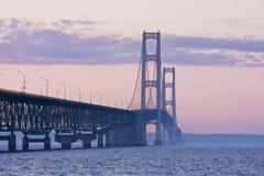 Puente de Mackinac por la tarde Fotografía de archivo libre de regalías