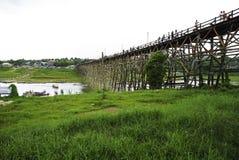 Puente de madera de lunes Imágenes de archivo libres de regalías