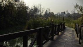 Puente de madera en China Foto de archivo