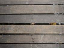 Puente de madera de la visión superior en bosque del mangle imagen de archivo libre de regalías
