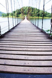 Puente de madera largo Foto de archivo