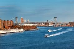 Puente de Manhattan sobre el East River Fotografía de archivo