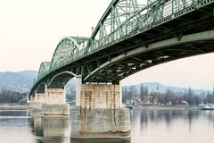 Puente de Marie Valerie, Esztergom, Sturovo imagen de archivo
