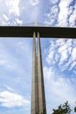 Puente de Millau en el departamento de Aveyron, Francia fotografía de archivo