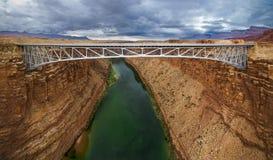 Puente de Navajo en el río Colorado Imagenes de archivo