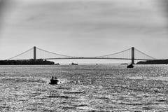 Puente de Nueva York blanco y negro fotografía de archivo libre de regalías