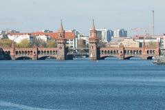 Puente de Oberbaum Foto de archivo libre de regalías