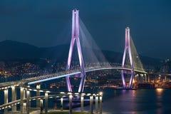 Puente de peaje a estrenar Foto de archivo libre de regalías