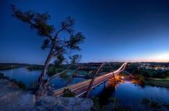Puente de Pennybacker en la oscuridad Imágenes de archivo libres de regalías