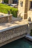Puente de piedra decorativo fotografía de archivo libre de regalías