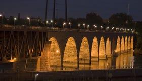 Puente de piedra del arco Imagen de archivo libre de regalías