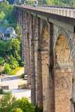 Puente de piedra grande Fotos de archivo
