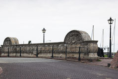 Puente de piedra histórico, Termunterzijl, Holanda Fotos de archivo libres de regalías