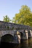 Puente de piedra viejo fotos de archivo libres de regalías