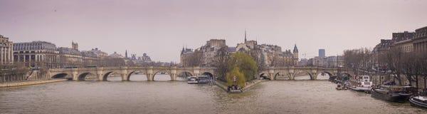 Puente de Pont Neuf, París Imagen de archivo libre de regalías