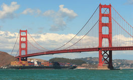Puente de puerta de oro. Imagen de archivo libre de regalías