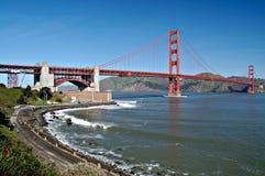 Puente de puerta de oro de la fortaleza P Foto de archivo libre de regalías