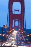 Puente de puerta de oro en el crepúsculo fotografía de archivo libre de regalías