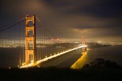 Puente de puerta de oro en la noche 2 Imágenes de archivo libres de regalías