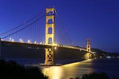 Puente de puerta de oro en la noche Fotografía de archivo libre de regalías