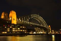 Puente de puerto de Sydney de Night Imagenes de archivo