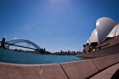 Puente de puerto de Sydney y teatro de la ópera de Sydney Fotografía de archivo