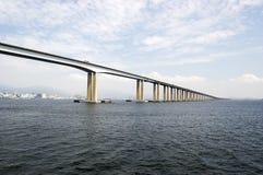 Puente de Río-Niterói Imágenes de archivo libres de regalías